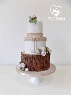 Natural wedding cake cake by MOLI Cakes country chocolat mariage Fondant Wedding Cakes, Fall Wedding Cakes, Wedding Cake Rustic, Rustic Cake, Fondant Cakes, Cupcake Cakes, Cupcakes, Fruit Wedding, Elegant Wedding