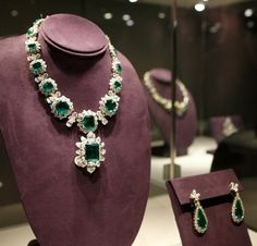 Emerald and diamond necklace and earring, they used to belong to Elizabeth Taylor.