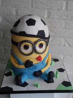 Minion soccer freak cake - Cake by lalique1