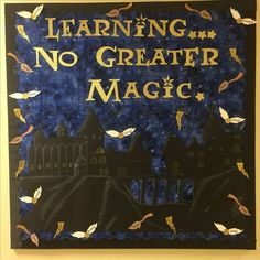 Harry Potter Activities and Displays for Your Library Harry Potter Teachers, Harry Potter Classes, Harry Potter Activities, Harry Potter Classroom, Harry Potter Display, Harry Potter Library, Harry Potter Room, Harry Potter Theme, Classroom Bulletin Boards