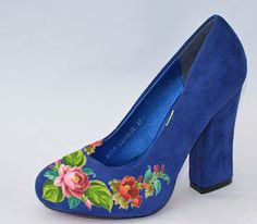 Women's shoes with embroidery Elegance Ukrainian от VLASIYA