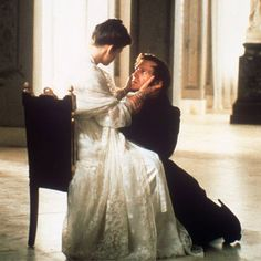 Onegin (1999), by Martha Fiennes, a story set in early 1830s with Ralph Fiennes as Onegin and Liv Tyler as Tatyana. Costume design: John Bright and Chloé Obolensky.