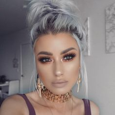 """Leave a """"😍"""" if you are swooning over amazing complexion! She used our Born This Way Foundation and Milk Chocolate Soleil Bronzer to get this look. Hair Inspo, Hair Inspiration, Huda Beauty, Beauty Makeup, Peinados Pin Up, Hair Color Blue, Grunge Hair, Silver Hair, Hair Dos"""