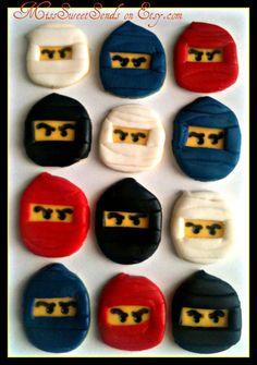Sweeeet Ninjas!  Know any Ninjago fans?