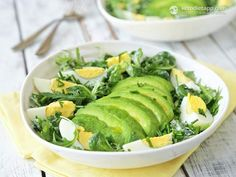 Easy Avocado & Egg Salad (keto, primal, low-carbs, vegetarian) Perfect lunch: Incredibly easy, delicious, nutrient dense, rich in fiber, and low in carbs.   KetoDiet App #healthy #lowcarb (low calorie chicken salad friends)