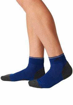 adidas Performance Lauf-Kurzsocken für 7,99€. Polsterung an Zehen und Ferse für eine bessere Passform, Spezielles Garn gegen Blasenbildung bei OTTO