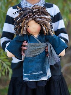 AMAZING waldorf dolls- good idea to make outfits from other countries-educational