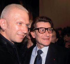 G comme Gaultier  Jean-Paul Gaultier a été profondément marqué par le travail d'Yves Saint Laurent depuis son plus jeune âge, et l'a toujours considéré comme un maître. Les deux créateurs se sont rencontrés à quelques reprises. Jean-Paul Gaultier confiait récemment sur France Inter que deux mots que lui avait écrit personnellement Yves Saint Laurent étaient l'une de ses plus grandes fierté.