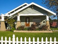 One-Of-A-Kind Arts/Craft Bungalow, Walk to Disneyland, Oct availableVacation Rental in Anaheim from @HomeAway! #vacation #rental #travel #homeaway
