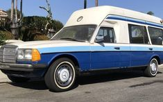 This 1978 Mercedes 250T Ambulance was supposedly imported for Jay Leno, and is equipped with a manual gearbox. #MercedesBenz