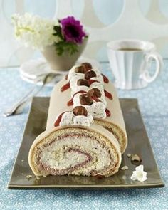 Southern Recipes Lübeck marzipan roll with nut cream recipe Drip Cakes, Other Recipes, Sweet Recipes, Jelly Roll Cake, Strawberry Cream Cakes, German Baking, Winter Desserts, Bakery Cakes, German Cake