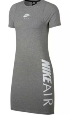 nike air logo t shirt dress Size Xs - Ideas of Nike T Shirt Women Nike T Shirts Women's, Nike Crop Top, Nike Dresses, Black Space, School Outfits, Nike Women, Athletic Tank Tops, Nike Air, Shirt Dress