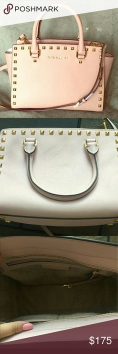 Michael Kors Medium Studded Selma In a beautiful light blush pink with gold hardware and studs. Small scuff on back but barely noticeable. Trade value $275 Michael Kors Bags