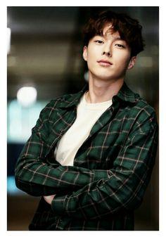 chang ki-yong Gorgeous Men, Beautiful People, Park Hae Jin, In The Air Tonight, Handsome Korean Actors, Hot Asian Men, K Wallpaper, Kdrama Actors, Japanese Men