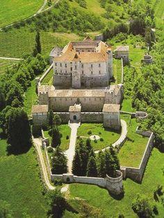Il Castello di Thun, Vigo di Ton, Trento, Trentino Alto adige