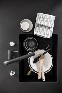 Beautiful black kitchen - via cocolapinedesign.com
