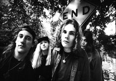 The served up a generation of the best music since the classic rock era. A list of the best grunge and rock songs. Great Nirvana, Alice and Chains, Oasis, Smashing Pumpkins, etc. The Smashing Pumpkins, D'arcy Wretzky, Rock Songs, Rock Music, Nirvana, Pumpkin Wallpaper, Billy Corgan, Pumpkin Pictures, Hip Hop