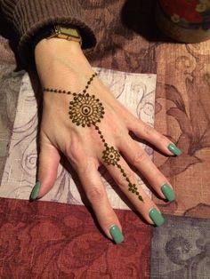 Henna Party Gift Certificate by PaulaFocazioArt on Etsy Henna Hand Designs, Mehndi Designs Finger, Mehndi Designs For Fingers, Henna Tattoo Designs, Henna Tattoo Hand, Hand Tattoos, Small Henna Tattoos, Neck Tattoos, Mandala Tattoo