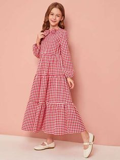 Stylish Dress Designs, Stylish Dresses For Girls, Cute Little Girl Dresses, Frocks For Girls, Dresses Kids Girl, Cute Dresses, Frocks For Teenager, Girls Fashion Clothes, Teenage Girl Outfits