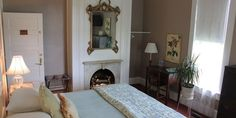 Frederick, a room at Prairie Guest House