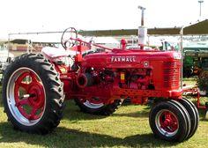 Farmall tractor at Georgia National Fair in Perry GA Farmall Tractors, Old Tractors, International Tractors, International Harvester, Farmall Super M, Old Farm Equipment, Antique Tractors, Farming, Georgia