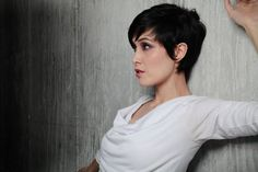 Short hair disclaimer: if you're going to go short, here's five things you need to know. www.cablecarcouture.com Photo: Elisabeth Kate Photography