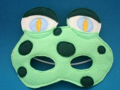 Your place to buy and sell all things handmade Frog Mask, Great Halloween Costumes, Large Eyes, Dance Costumes, Puppets, Fun Crafts, Felt, Crafty, College Life