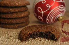 Big & Soft Paleo Ginger Molasses Cookies - make sugar free with Wax Orchard fruit sweet Gluten Free Sweets, Sugar Free Desserts, Paleo Dessert, Healthy Sweets, Soft Ginger Cookies, Ginger Molasses Cookies, Thin Mint Cookies, Cookies Soft, Paleo Cookies