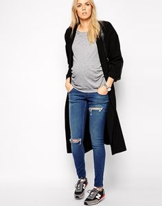 Enlarge ASOS Maternity Whitby Jean in Melborne Wash with Knee and Thigh Rip