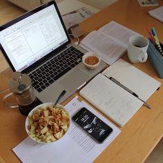 Do It Yourself Organization, Study Organization, Study Desk, Study Space, Study Areas, Studyblr, Work Motivation, College Motivation, Study Pictures