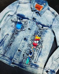 Behind The Scenes By chadcantcolor Painted Denim Jacket, Painted Jeans, Painted Clothes, Custom Clothes, Diy Clothes, Denim Art, Shirt Refashion, Denim Outfit, Denim Fashion