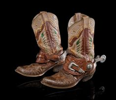 Roy Rogers Personal Edward H. Bohlin Spurs on his Custom Eagle Boots - Brian Lebel's Old West Events Custom Cowboy Boots, Cowboy Shoes, Cowboy Gear, Western Cowboy, Cowgirl Boots, Western Boots, Western Tack, Cowgirl Chic, Cowgirl Style