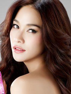 Ploy Chermarn (Thai actress)