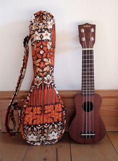 Pocket ukulele gig bag in vintage 1960s Peter Hall Candida fabric (smaller than soprano)