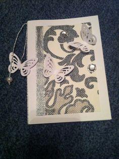 Schmetterlinge und Ornamente