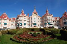 How to save money on a Disneyland Paris trip