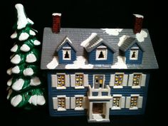 Dept 56 Snow Village Williamsburg House Retired by RHWTreasures, $89.95