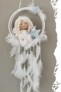 Macrame Patterns, Doll Patterns, Diy Home Crafts, Felt Crafts, Dream Catcher Patterns, Art Drawings Sketches Simple, Feather Crafts, Baby Keepsake, Sewing Toys
