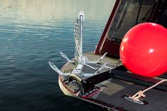 Patent Pending Fish Fighter Folding Break Away River Anchor™ 26 Lb. (Columbia River Edition™) This 26lb anchor is perfect for boats up to 19ft in length that weigh under 4,000lbs fully-loaded.
