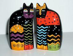 New LAUREL BURCH Cat Ceramic Salt and Pepper Shakers GANZ