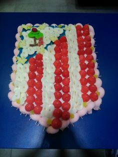 Duldi Torrijos ha preparado esta dulce tarta para un gran aficionado al Atlético de Madrid. ¿Quieres la de tu equipo favorito?