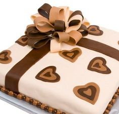 """Képtalálat a következőre: """"fondant cake ideas"""" Fondant Cake Designs, Fondant Cakes, Gift Cake, Unique Cakes, Fancy Cakes, Birthday Cake, Ribbons, Cake Ideas, Desserts"""
