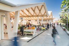 Aufräumen, wo Urlauber sind - Markthalle in Kroatien