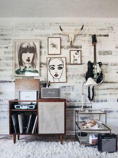 11 Latest Hipster Home Decor Inspiration For Your Home – HomeDecoMalaysia – Home Decor and Interior Design Ideas Casa Hipster, Hipster Home, Interior Inspiration, Room Inspiration, Decor Interior Design, Interior Decorating, Modern Interior, Music Corner, Uo Home