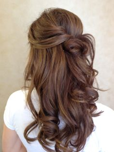 Soft knotted curls