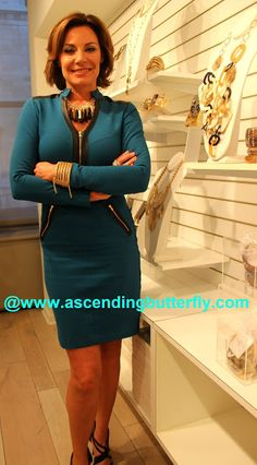 Countess LuAnn de Lesseps presents her latest Jewelry Line at the Press Preview of Countess Jewelry Collection - Countess LuAnn de Lesseps, New York City