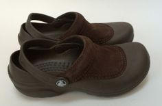 e44d147f49f9 Women s Brown Partial Suede Crocs Shoes Slip-Ons Size 6 With Heel Strap  yummers
