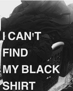 """This is so me, and I""""m not goth or emo Goth Humor, Goth Memes, Goth Quotes, How To Have Style, Black Noir, Wearing All Black, Hipster, All Black Everything, Nu Goth"""