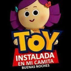 Toy instalada en mi camita: Buenas Noches