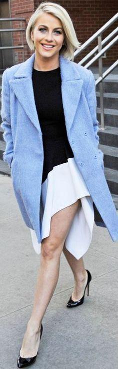 Who made  Julianne Hough's black dress and blue coat?